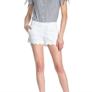 linen-cotton scalloped hem short